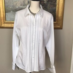 Chico's White Cuffed Long-sleeve blouse